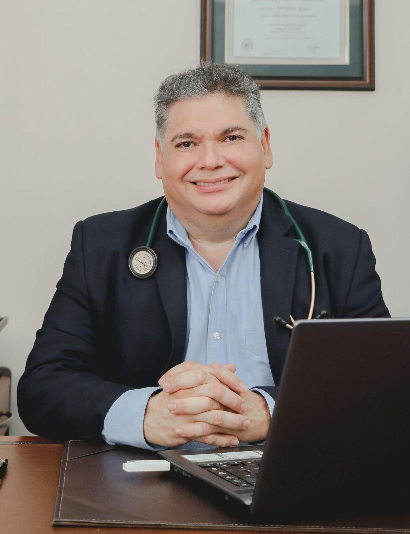 Dr. Ariel Rivera Aguerri